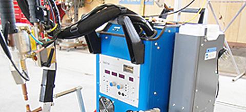 高張力鋼板対応スポット溶接機